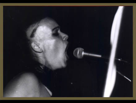 Der Marabu at 007 club, Prague, 1995